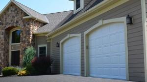 residential garage door manufacturers